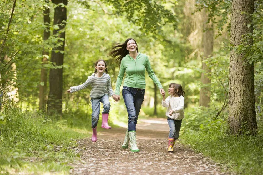 Получасовая прогулка защищает от множества болезней, включая рак