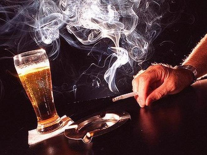 Курение и алкоголь провоцируют рак полости рта
