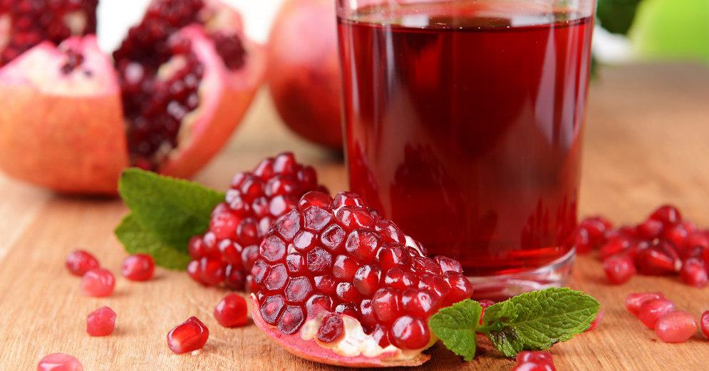 Ученые определили компоненты гранатового сока, предотвращающие метастазирование рака