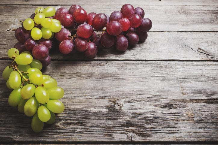 Ученые: виноград предотвратит рак кожи
