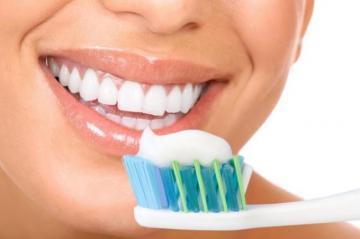 Халатное отношение к гигиене полости рта может вызвать рак, – ученые