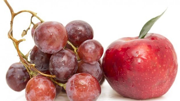 Куркума, яблоки и красный виноград защитят от рака простаты