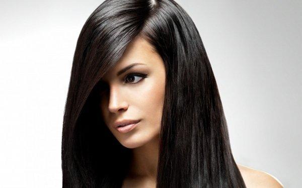 Исследование: Темная краска для волос повышает риск развития онкологии
