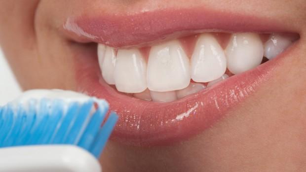 Регулярная чистка зубов может предотвратить рак