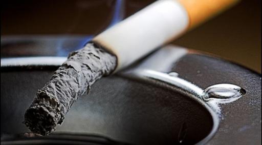 Врачи ответили, каким курильщикам грозит рак легких