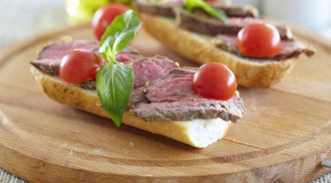 Ученые выяснили, способна ли колбаса вызвать рак