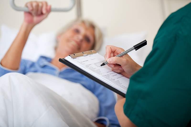 Медики назвали главные симптомы заболевания раком