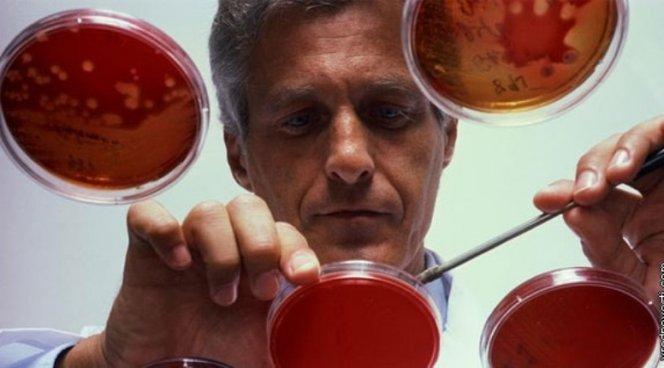 Опухоли необходимо лечить химиотерапией и антибиотиками