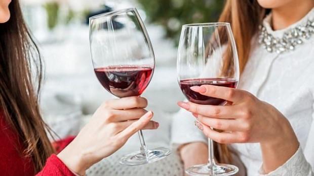 Два бокала вина в день чреваты развитием рака кишечника