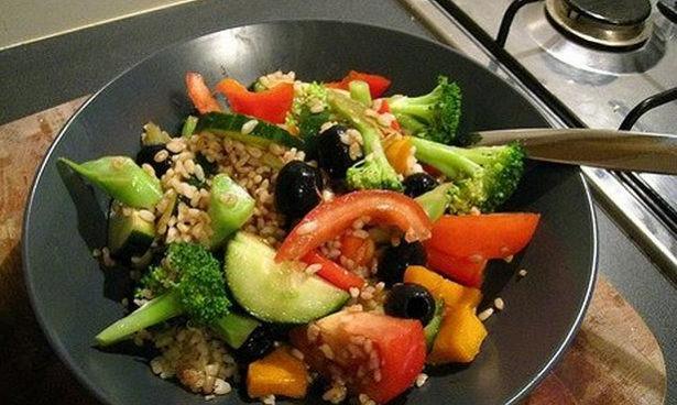 Названы эффективно действующие против рака овощи и фрукты