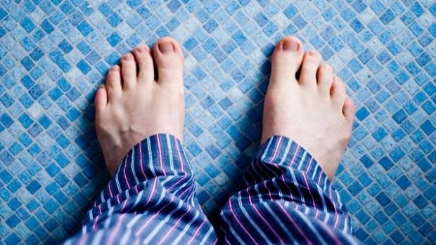 Твердая кожа на ногах может быть признаком рака