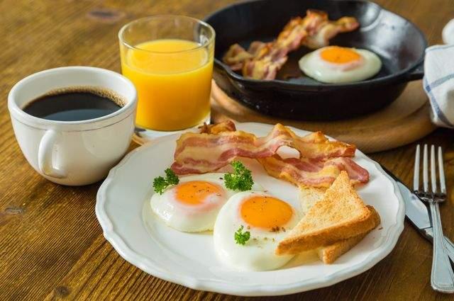 Названы самые полезные завтраки