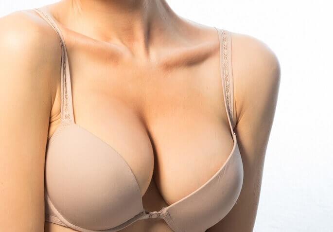 Как вернуть груди упругость