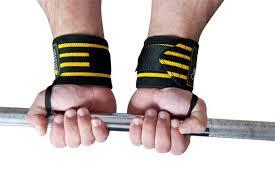 Нужны ли спортсмену кистевые бинты?