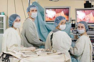 Методы лечения распространенных злокачественных опухолей обсудят в Югре