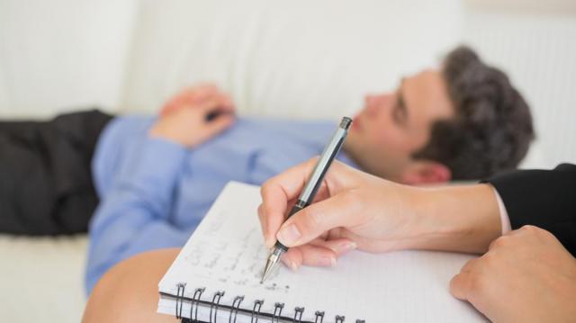 Психиатрическая помощь: в чем ее особенность и как ее получить
