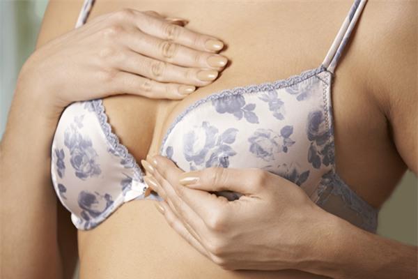 5 редких признаков рака груди