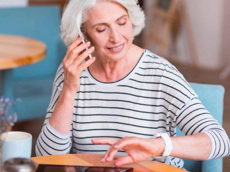 Ежедневное питание в одни и те же часы способствует защите от рака груди