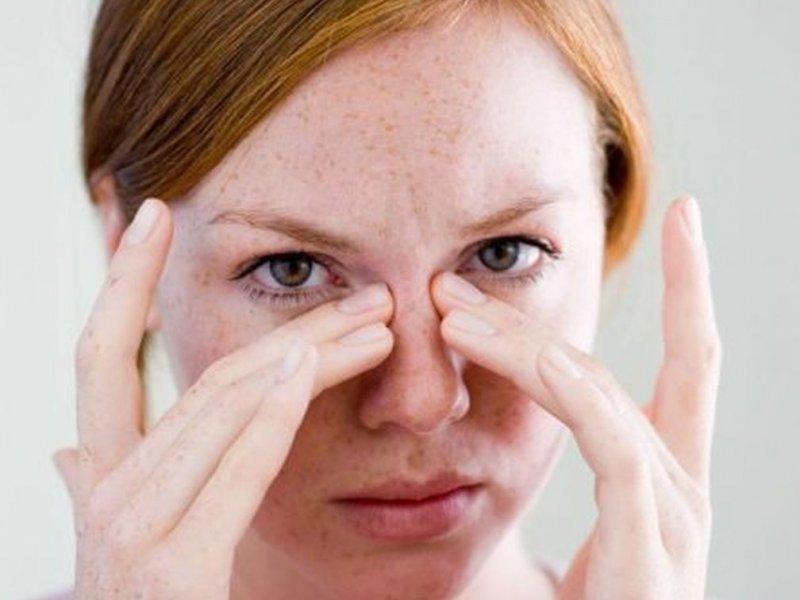 Названы 6 возможных симптомов рака глаза