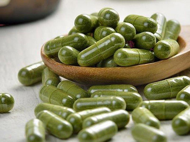 Аллергия, проблемы с сердцем, риск рака: чем может быть опасен избыток витаминов?