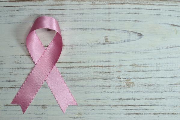 Врачи назвали причины рака горла