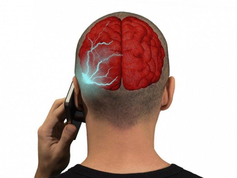 Мобильные телефоны всё-таки не вызывают рак мозга
