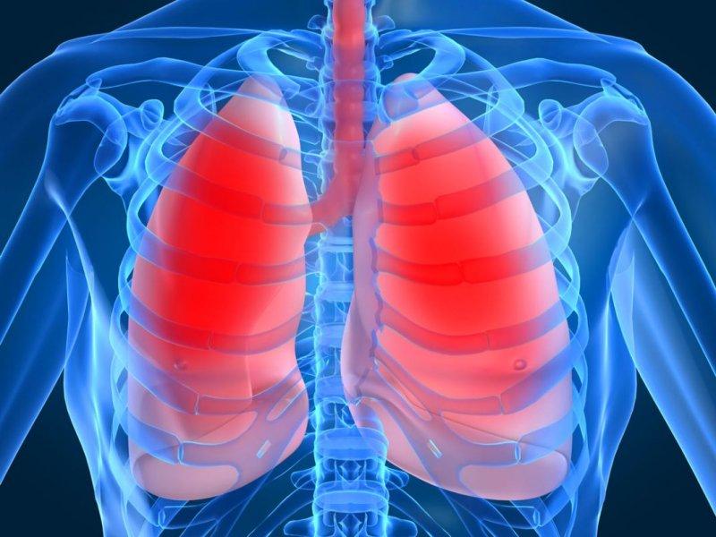Онколог Андрей Пылев назвал главные признаки рака легких