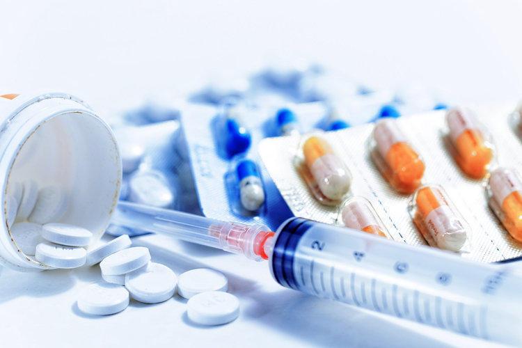 «Взрослые» и «детские» лекарства: есть ли разница?