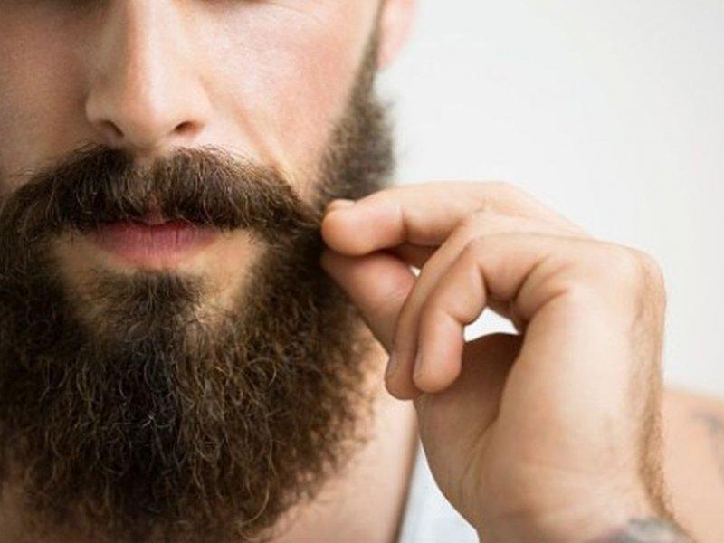 Усы и борода защищают мужчин от болезни, провоцирующей рак