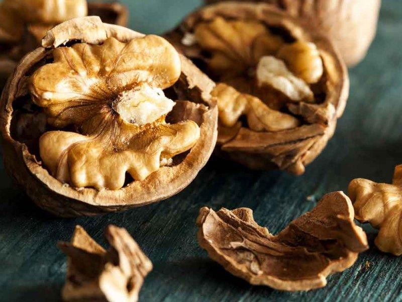 Чрезмерное употребление орехов может спровоцировать рак печени