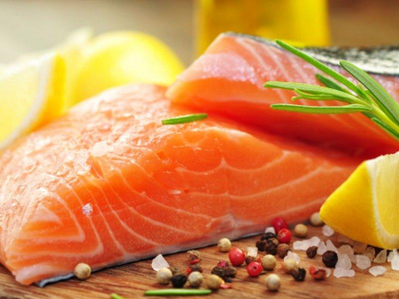В организм человека из морской рыбы попадает вызывающий рак микропластик