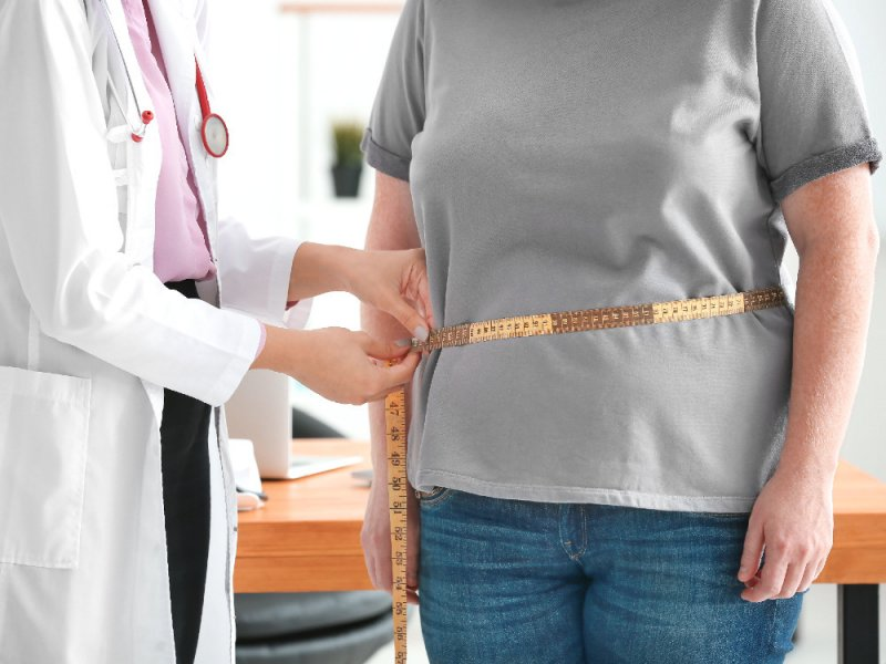 Ожирение приводит к раку чаще курения