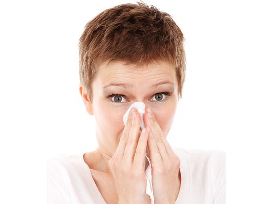 Ученые сообщили, что простуда может излечить рак