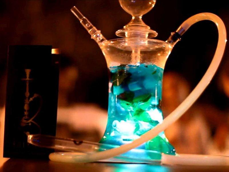 Эксперт ВОЗ: курение кальяна может вести к раку, электронные сигареты опасны