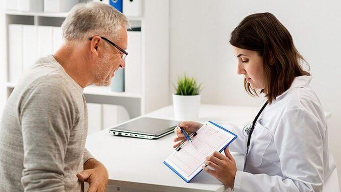 Специалисты рассказали, в каком возрасте снижается риск развития рака