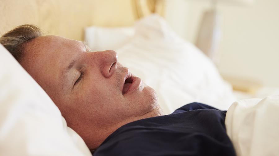 Ученые рассказали о ночном симптоме-предвестнике рака