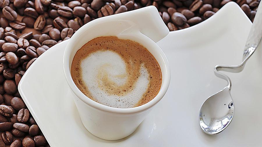 Обнаружена опасность возникновения рака из-за употребления кофе или чая