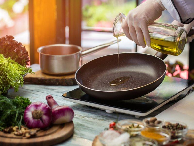 Какое масло лучше использовать для жарки, чтобы исключить онкологию?