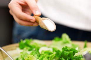 Слепота, рак, отравление. 9 причин сократить потребление соли