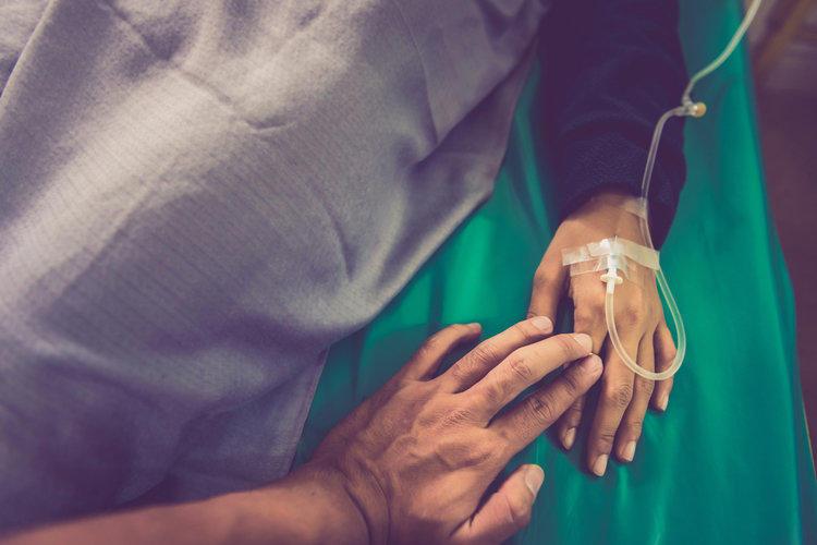 Активная помощь лежачему больному