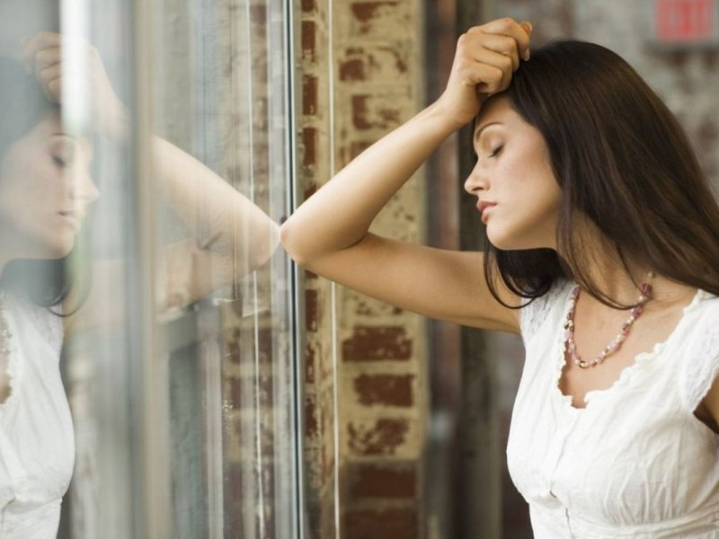 Сильный стресс у женщин может стать причиной рака яичников