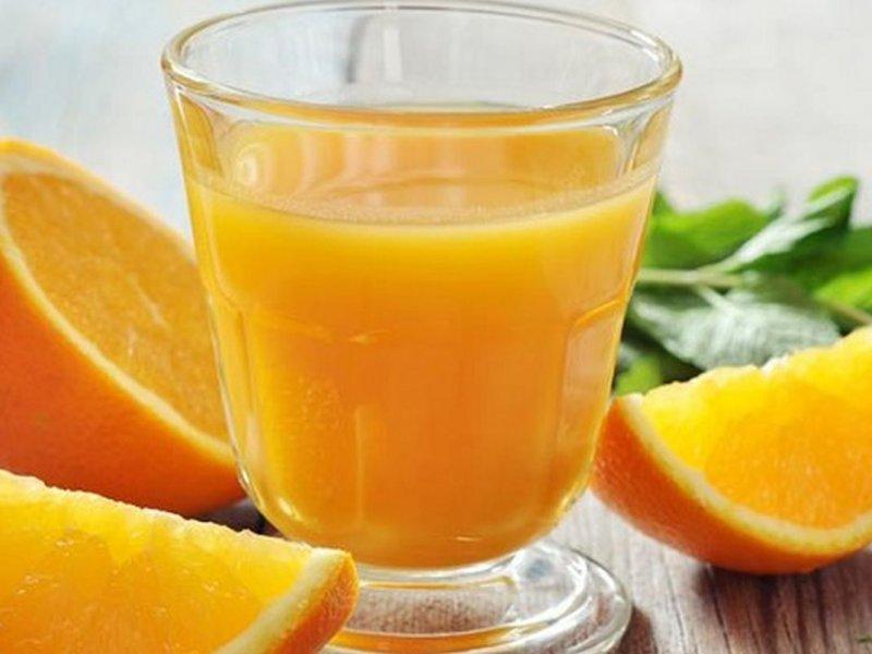 Ученые из Германии: апельсиновый сок защищает от рака, болезней сердца и подагры
