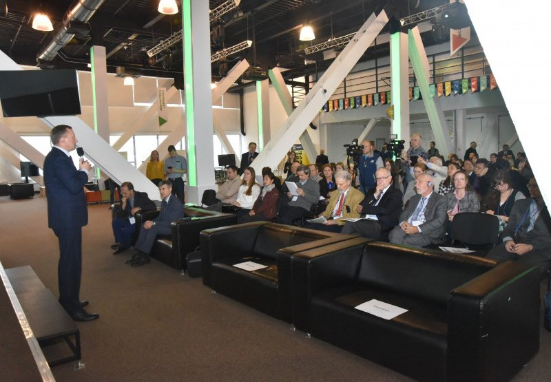 В Новосибирске проходит конференция по онкологии