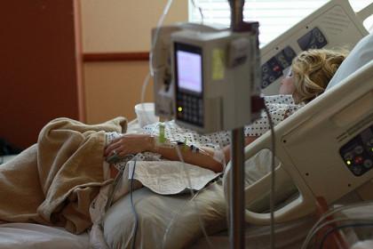 Врачи выявили, как острая диарея лечит от рака
