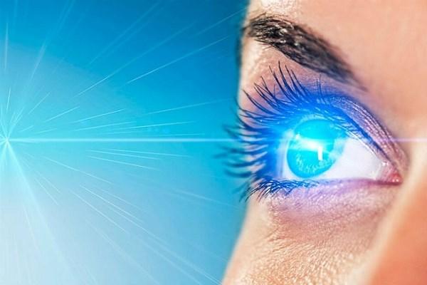 Лазерная коррекция зрения — свобода от очков и контактных линз