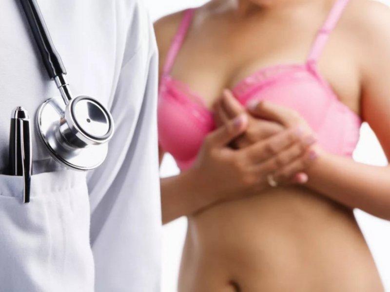 Маммолог рассказала, может ли развиться рак груди из-за лифчика «с косточками»