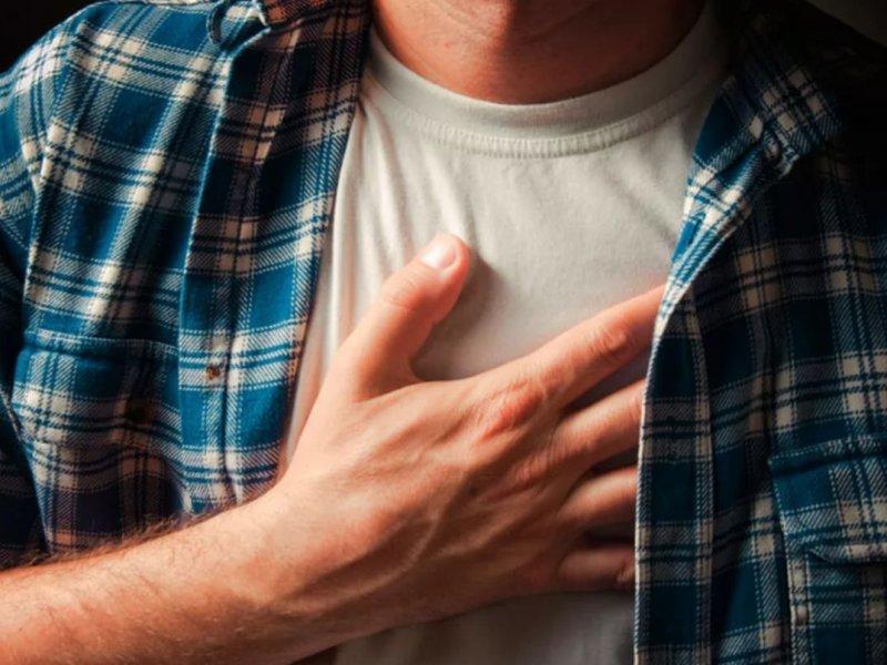 Боль в груди может быть сигналом, предвещающим рак