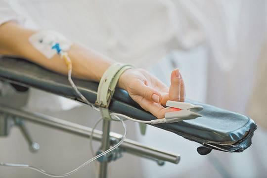 Коктейль из трех лекарств продлит жизнь при терминальном раке