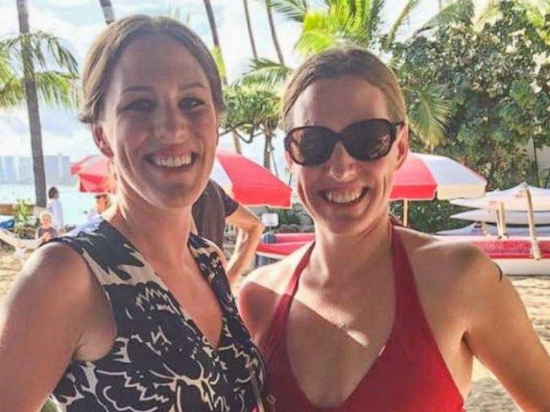 Сестры-близнецы заболели раком груди одновременно