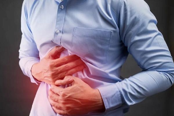 Названы первые симптомы рака печени